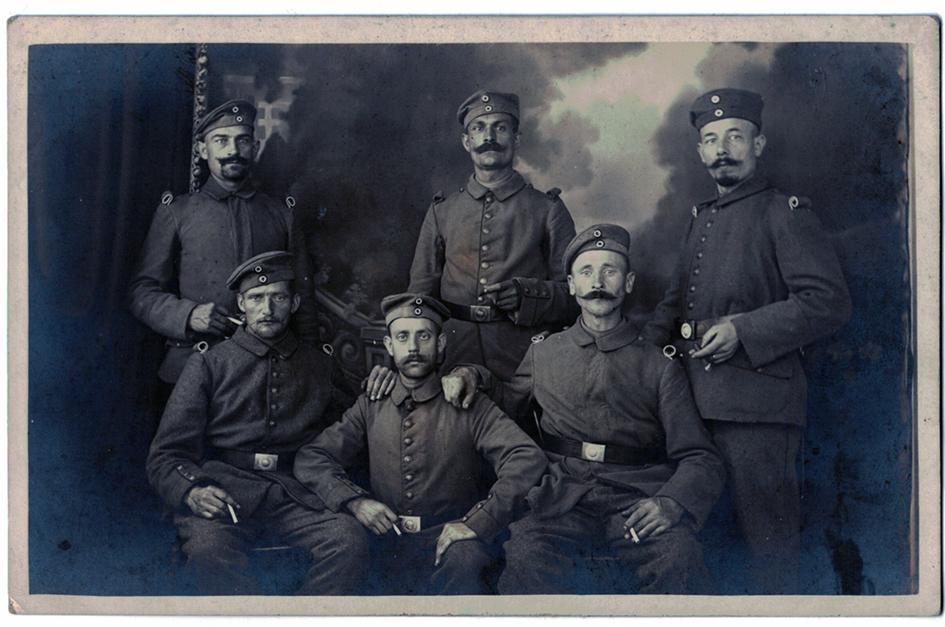 Carte photo Groupe Soldats Prussiens - 1914/1915