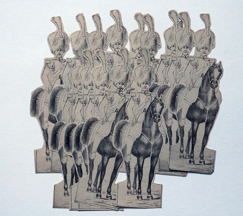 Petits Soldats de Strasbourg - 40 Figurines papier - Découpage amateur