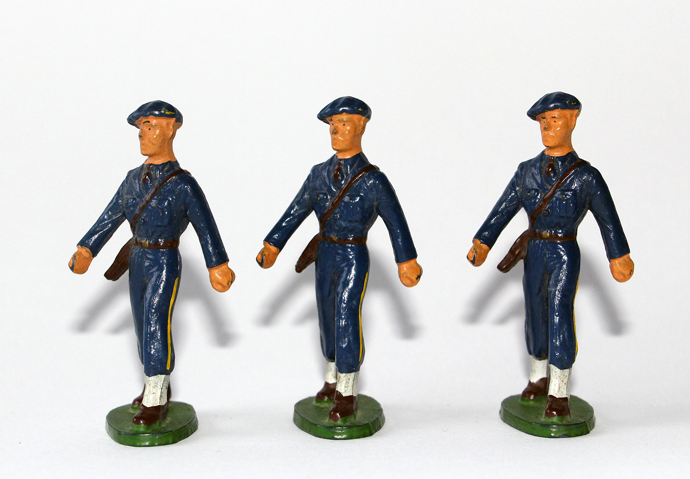 Figurines Starlux ancienne 3 Chasseurs à Pied Officiers