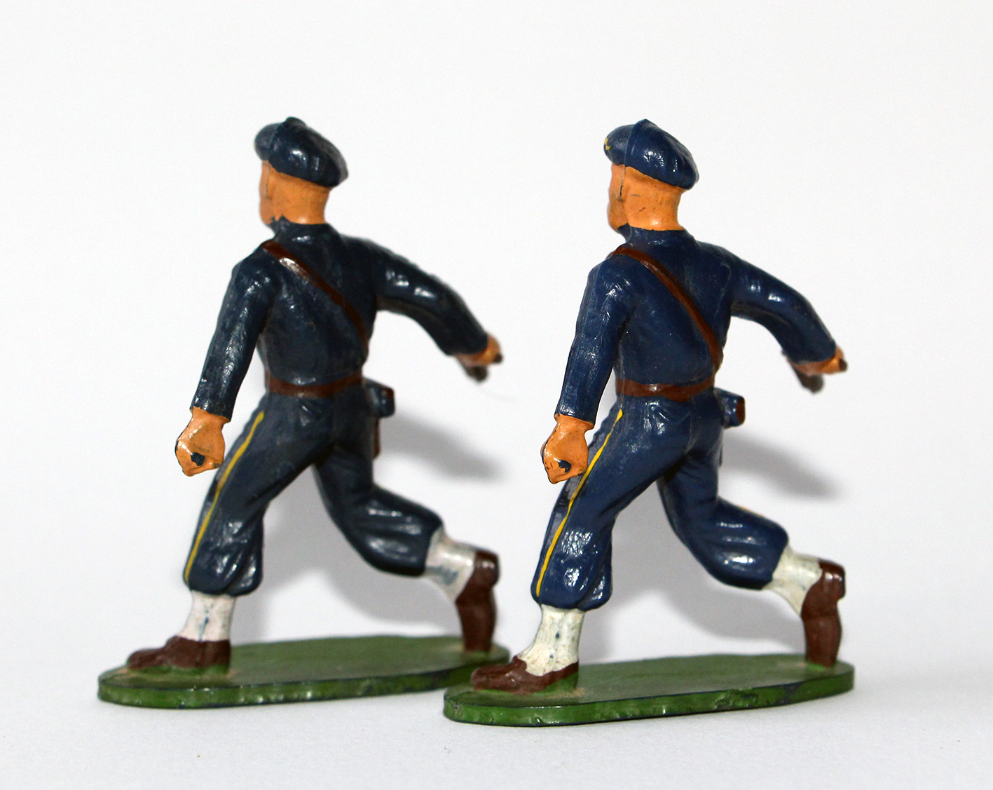 Figurines Starlux anciennes 2 Chasseurs à Pied Pistolet