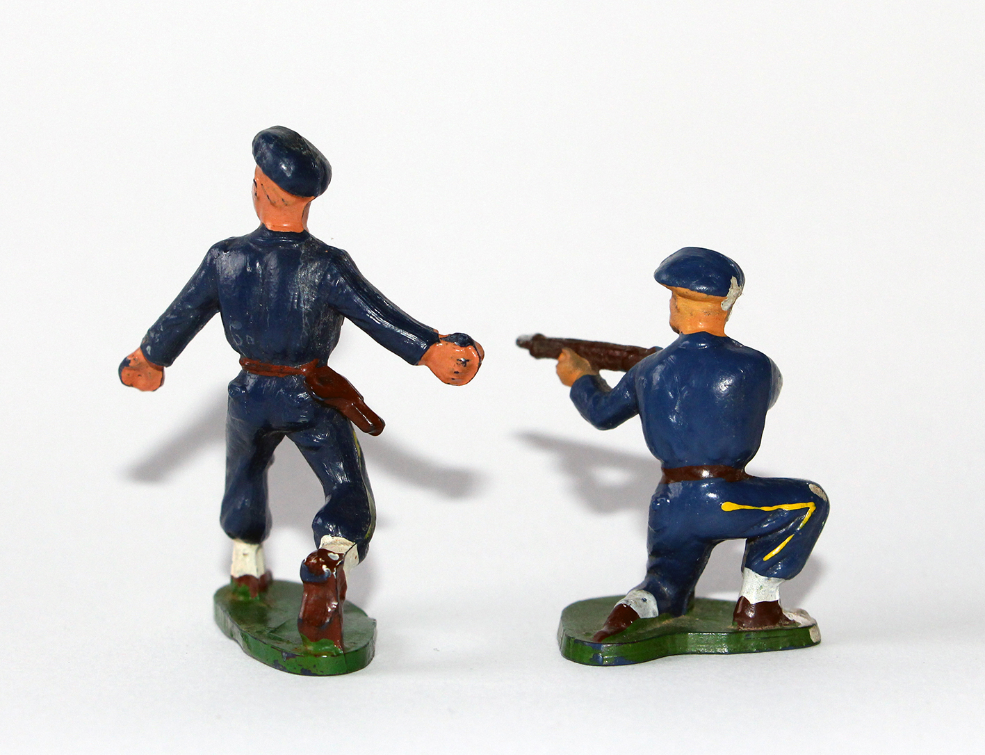 Figurines Starlux anciennes 2 Chasseurs à Pied Grenade