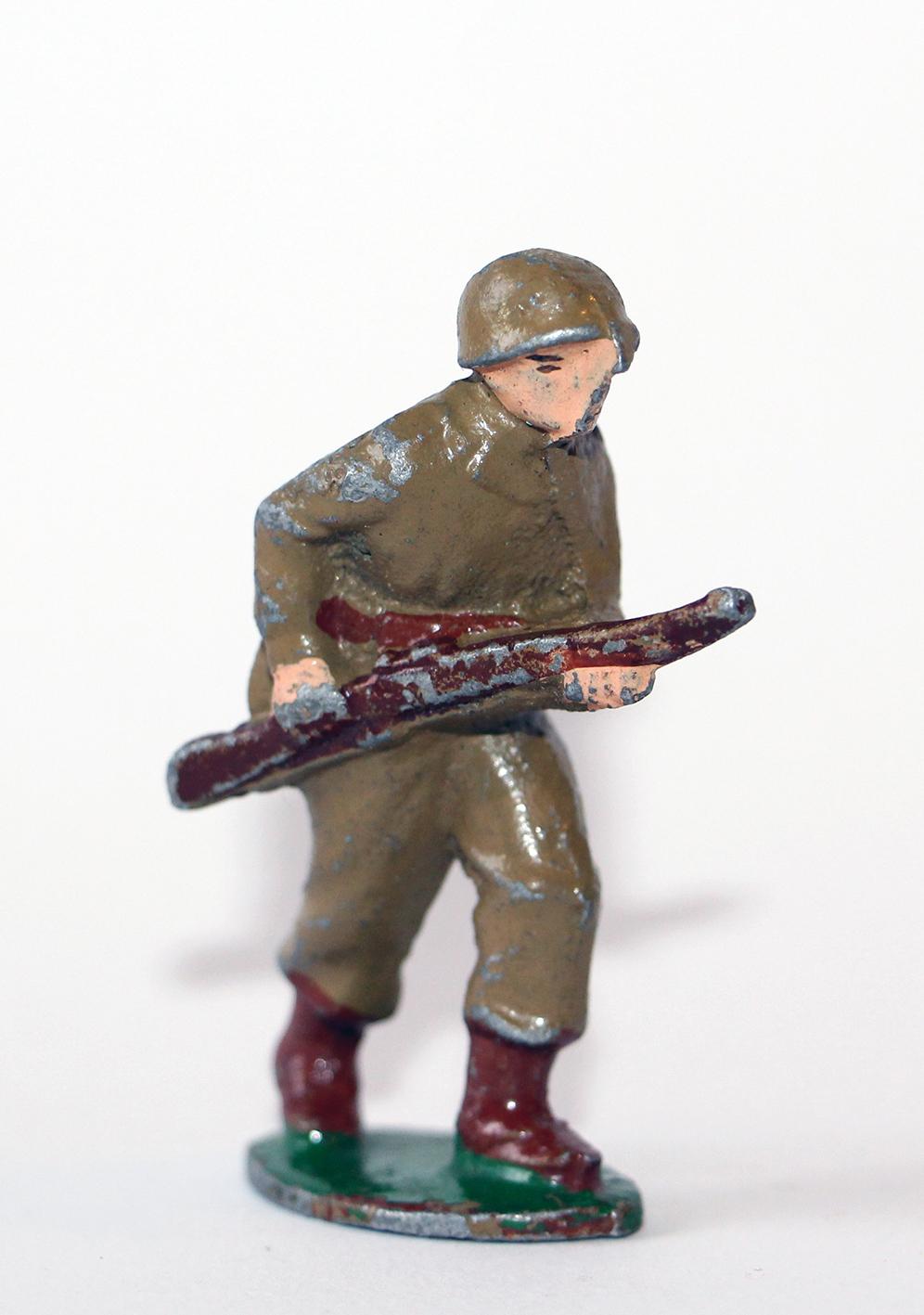 Figurine Quiralu Soldat Français en avant