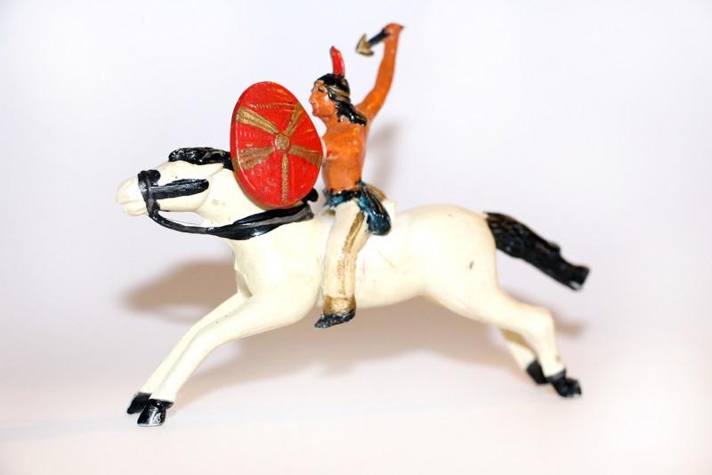 Ancienne figurine plastique année 60 Indien