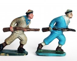 2 Anciennes Figurines Sans Marque - Marins - Marine France
