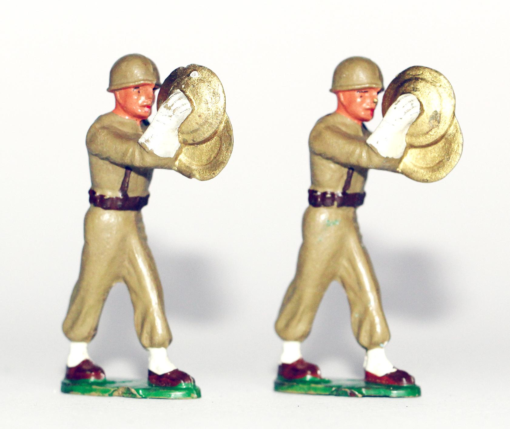 10 Figurines Starlux - Infanterie - Défilé - Musique - France