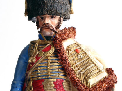 Bernard Belluc – Figurines en faïence polychrome – Uniforme du 1er e 2nd Empire en détail – Une collection particulière