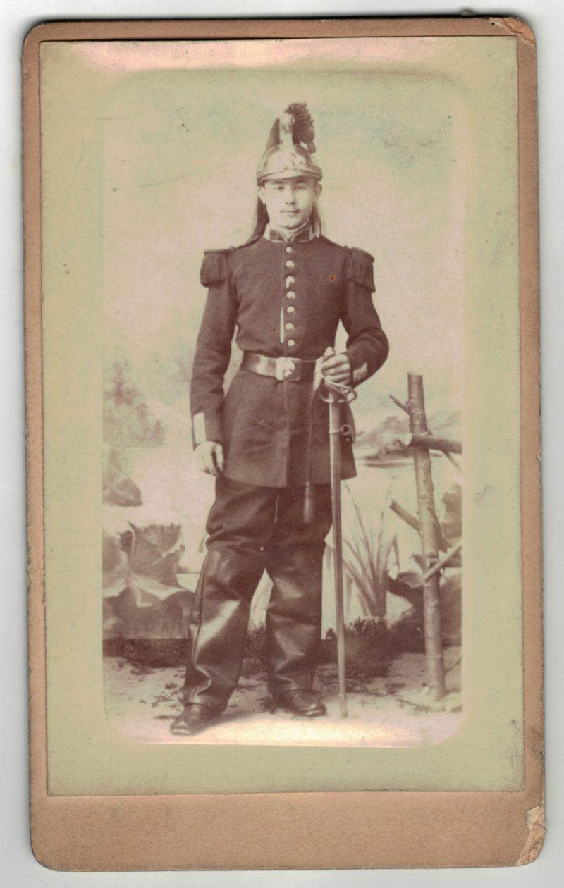 CDV Soldat Français - Armée Cavalerie - Grande tenue - Casque Dragons - Dragons 3eme République - Sabre