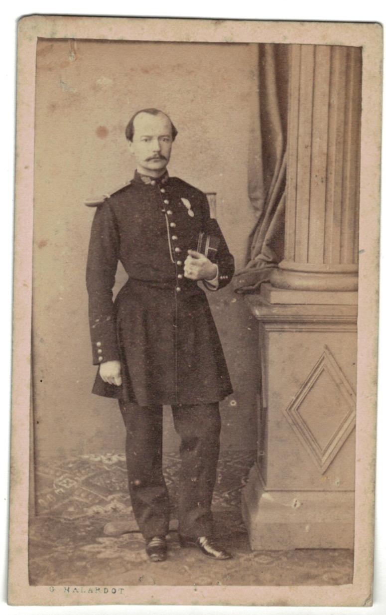 CDV Soldat Français - Infanterie - Officier - Uniforme - 2nd empire - Sabre - Shako - Metz - Malardot