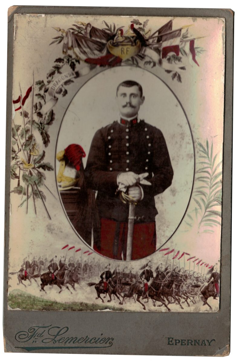 Carte CDV photo - Grand format - Soldat Dragons 3 République - Epernay - 31eme Dragons