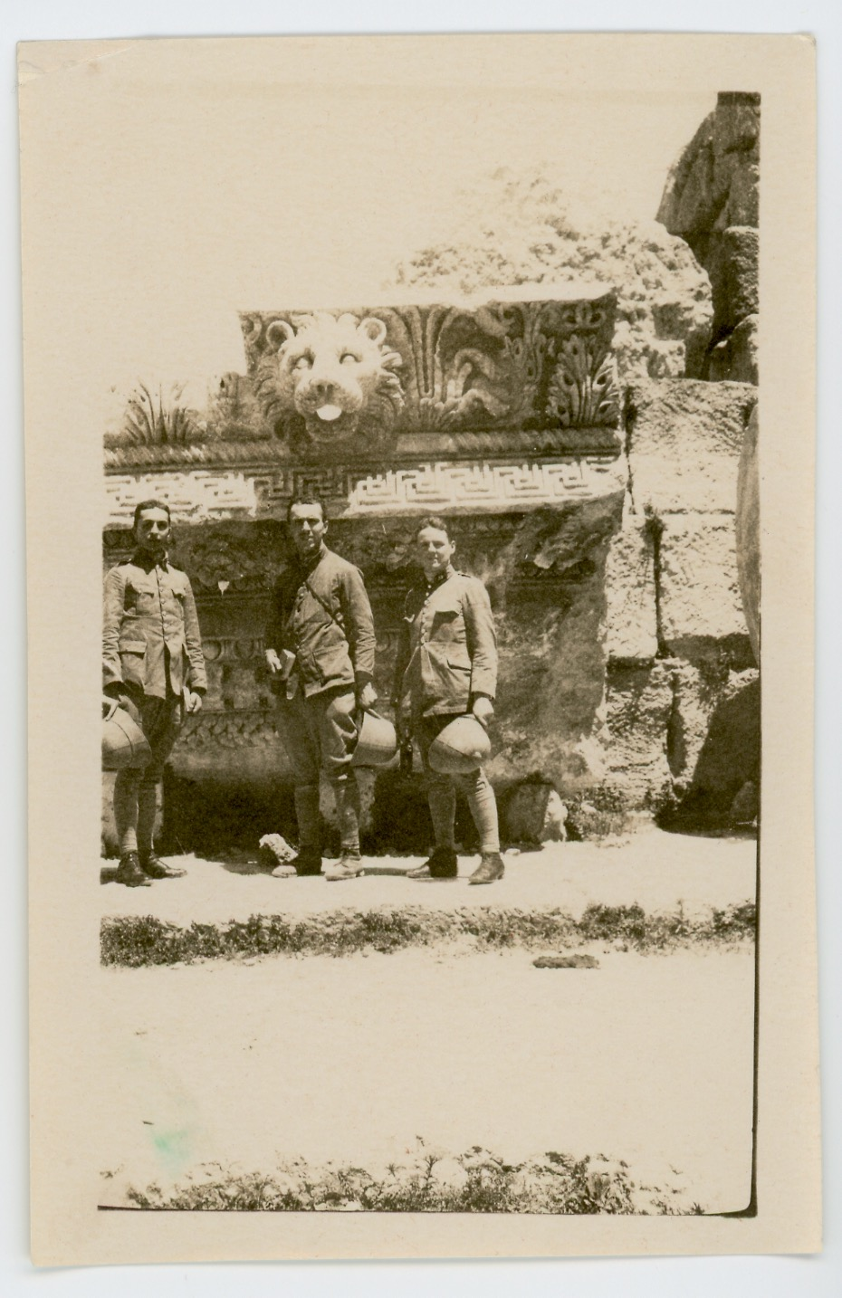 Snapshot - Photo papier originale - Infanterie Territoriale - Uniforme - France - Snapshot - Famille - Expédition - Indochine