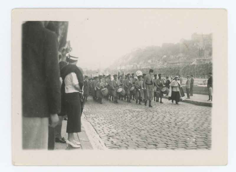 Snapshot - Photo papier originale - Tirailleurs Algériens - Uniforme - France - Snapshot - Famille - Défilé - Paris - 1936