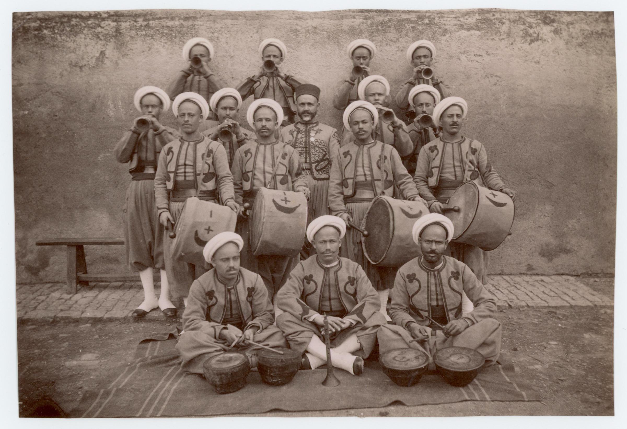 Ancienne Photographie - Régiment Tirailleurs Algériens - Nouba - Reita - 3ème République - Papier Albuminé