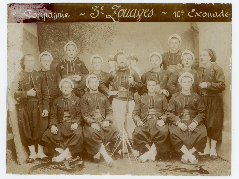 Ancienne Photographie - 3em Régiment Zouaves - 3ème République - Papier Albuminé - Baïonnette - Guerre 14/18