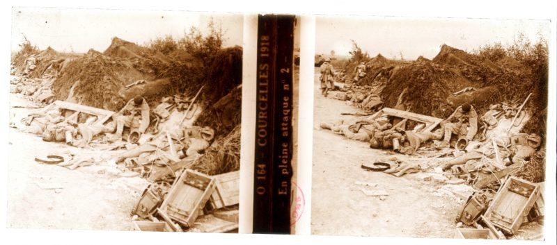 Photo Plaque Stéréo - Guerre 14/18 - Conflit - Tranchée - Vue Stéréoscopique - Poilu - Uniforme - Document actualité - 022