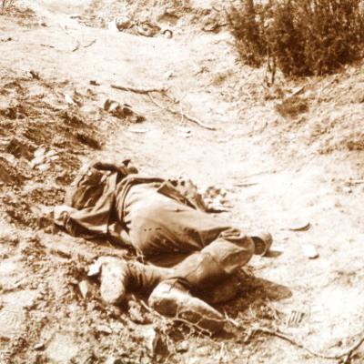 Photo Plaque Stéréo - Guerre 14/18 - Conflit - Tranchée - Vue Stéréoscopique - Poilu - Uniforme - Document actualité - 018