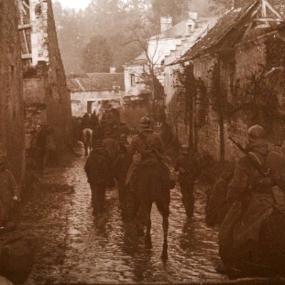 Photo Plaque Stéréo - Guerre 14/18 - Conflit - Tranchée - Vue Stéréoscopique - Poilu - Uniforme - Document actualité - 016