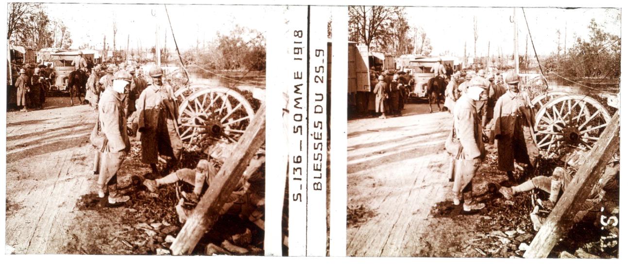 Photo Plaque Stéréo - Guerre 14/18 - Conflit - Tranchée - Vue Stéréoscopique - Poilu - Uniforme - Document actualité - 004