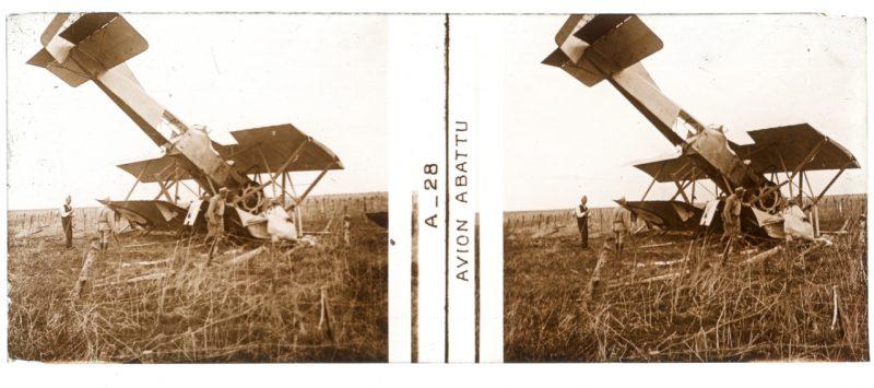 Photo Plaque Stéréo - Guerre 14/18 - Conflit - Tranchée - Vue Stéréoscopique - Poilu - Uniforme - Document actualité - 010