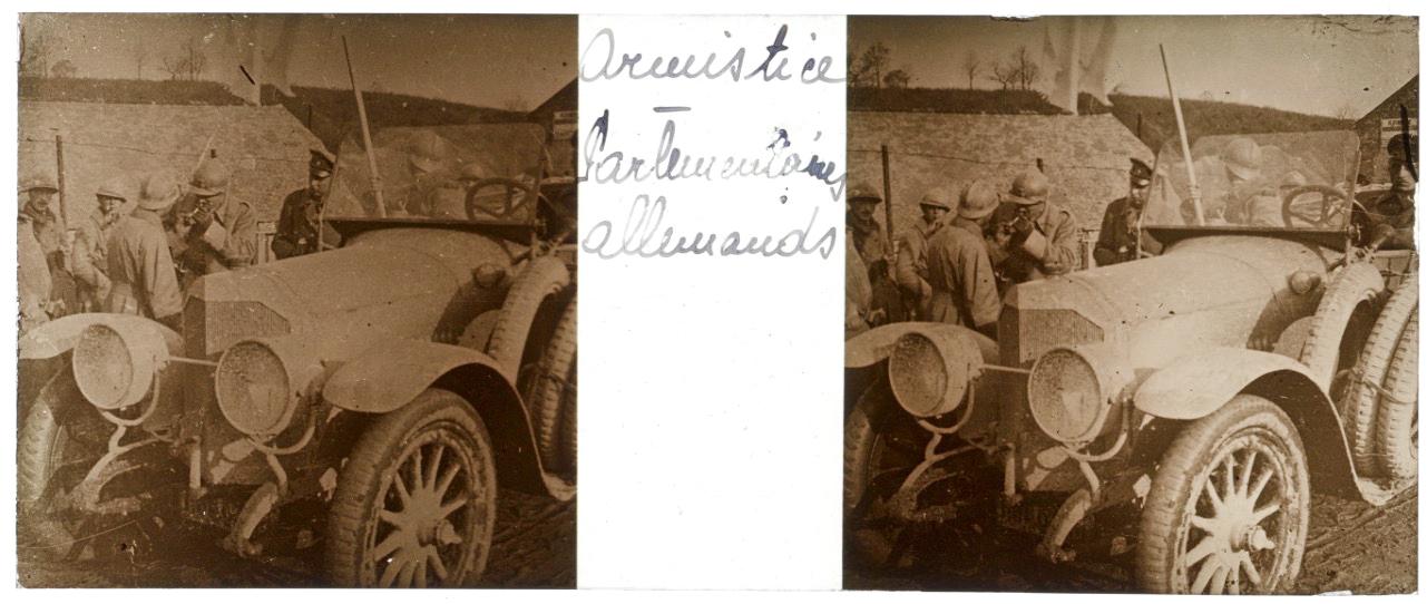 Photo Plaque Stéréo - Guerre 14/18 - Conflit - Tranchée - Vue Stéréoscopique - Poilu - Uniforme - Document actualité - 008