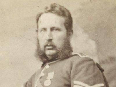 CDV - Highlander - Scotts - Ancienne Photographie - Portrait - Victoria - Uniforme - Médaille - Ecosse - Edimbourg - Kilt