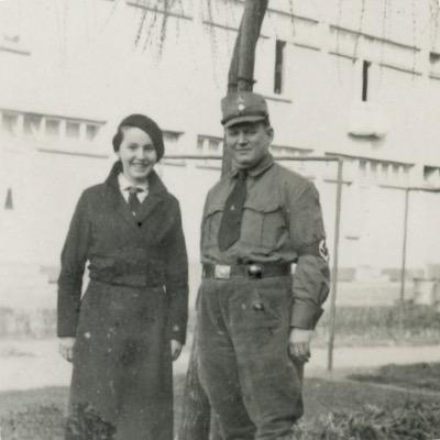 Photo papier originale - Photo Soldat III Reich - Uniforme - Guerre 39/45 - Snapshot - Soldat - Famille