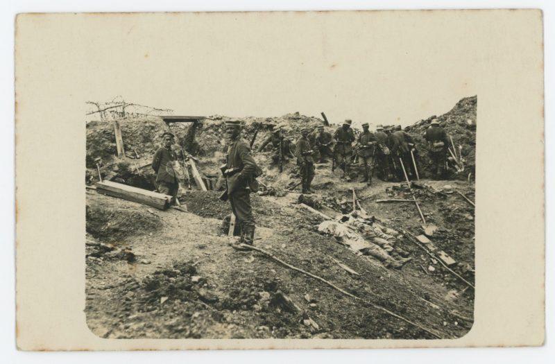 Carte Ancienne Photographie - Guerre 14/18 - Armée Allemande - Masque gaz - Alsacien - Conscription - Prusse Campagne 1914/1918 - Tranchée Mort