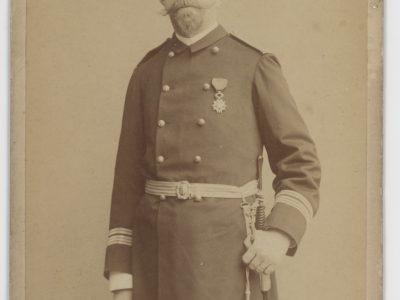 Grande CDV - Officier de la Marine - Soldat - Français - Officier supérieur de corps assimilé - 1889 - Uniforme de la Marine Française - Photographe Pierre Petit / Paris